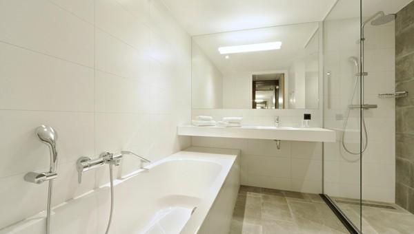 Comfort kamer met bad en douche 30 m2 van der valk hotel